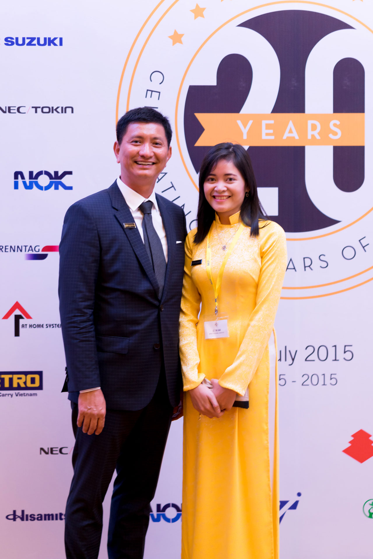 MP Logistics President and Ms. Hao Le