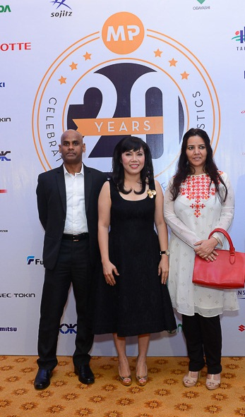 Indian Consul General (right of Ms. Minh Phuong)